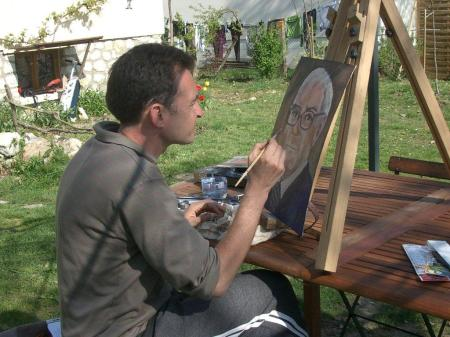 Stephane Zovoko painting Warren Buffett's portrait