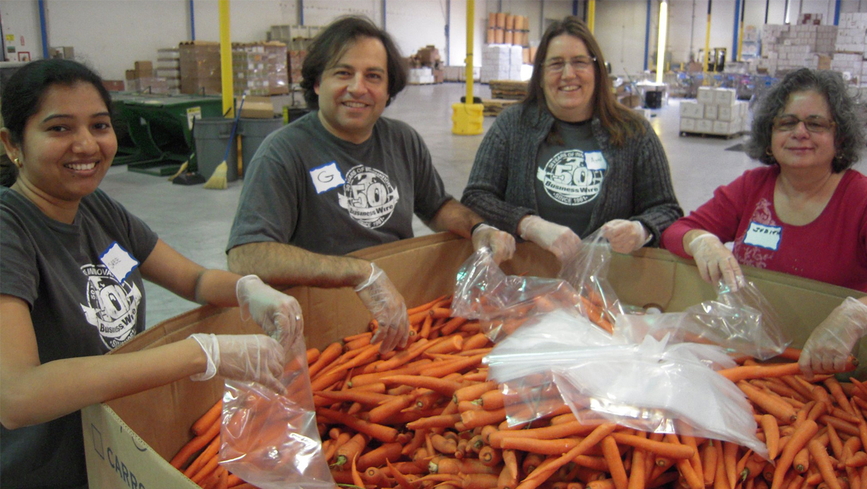 Business Wire Gives Back San Francisco Tech Staffers Volunteer At